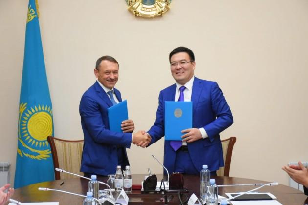 В Туркестане подписано соглашение о строительстве теплицы