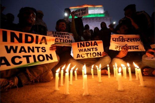 СК «Евразия» может выплатить 660 млн тенге за смерть 45 полицейских  в Индии