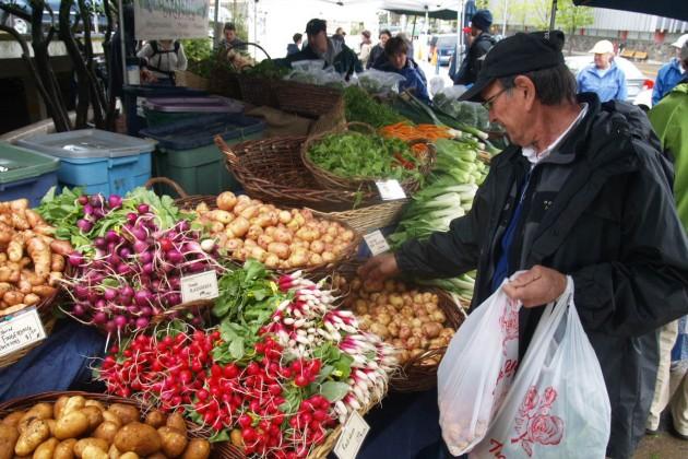 От переноса рынков страдают предприниматели