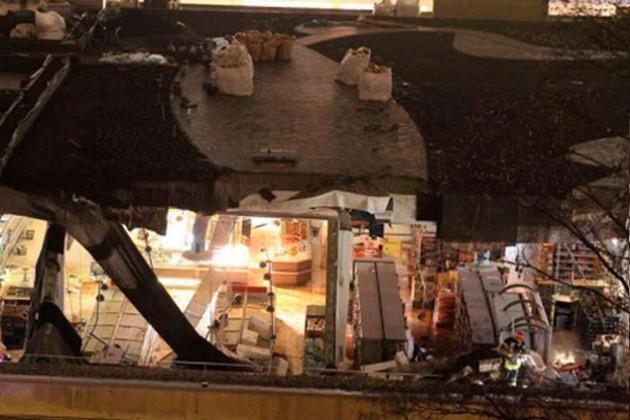 В Риге обрушилась крыша торгового центра