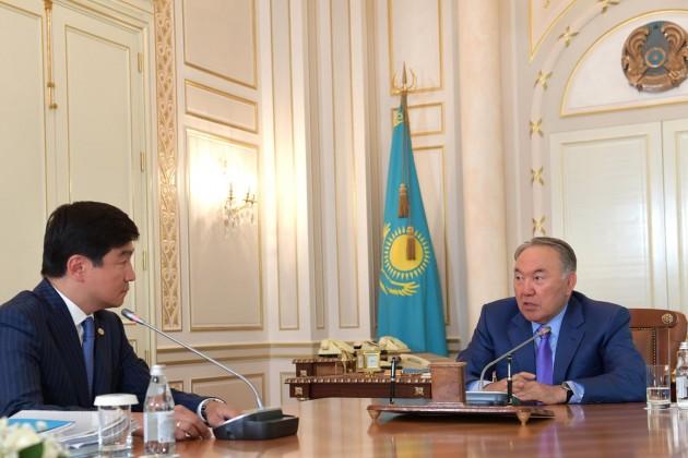 Президент поручил акиму Алматы повысить благосостояние горожан