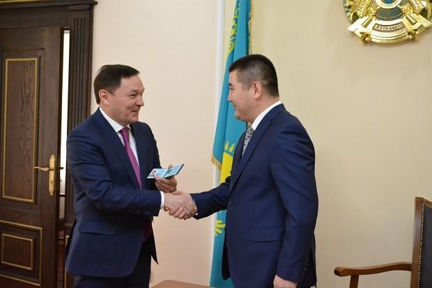 Ермек Маржикпаев представил нового заместителя