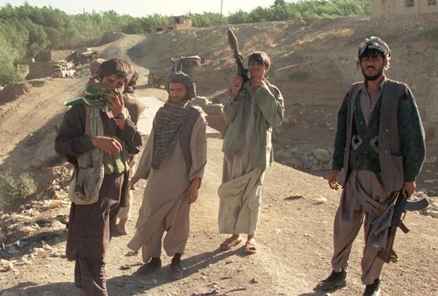 У границ Таджикистана отмечено скопление боевиков