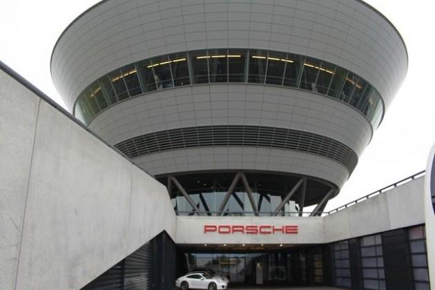 Porsche Cayenne «перевалил» за полмиллиона