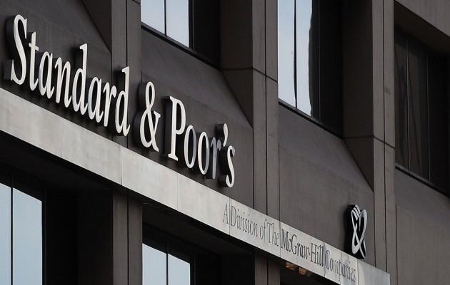 Ослабление тенге осложнит деятельность банков