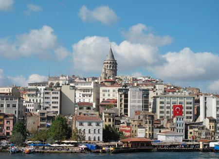 Туристы отказываются от отдыха в Стамбуле