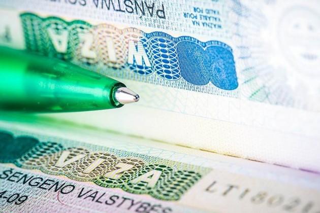 Изменились правила оформления виз для иностранцев