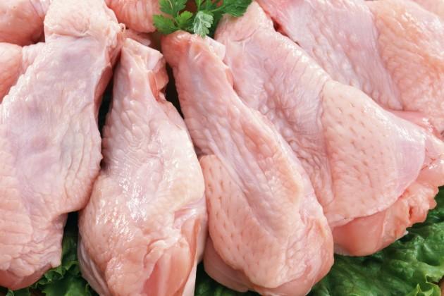 Казахстан временно запретил продажу мяса птицы зарубежного производства