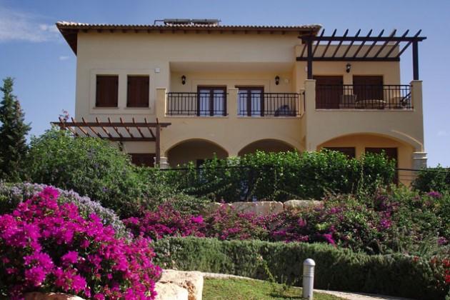 На Кипре резко сокращается рынок недвижимости