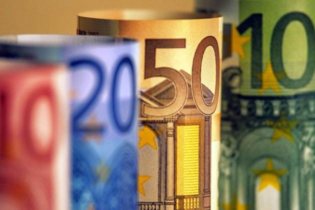 Банкиры: у нас нет дефицита долларов и евро