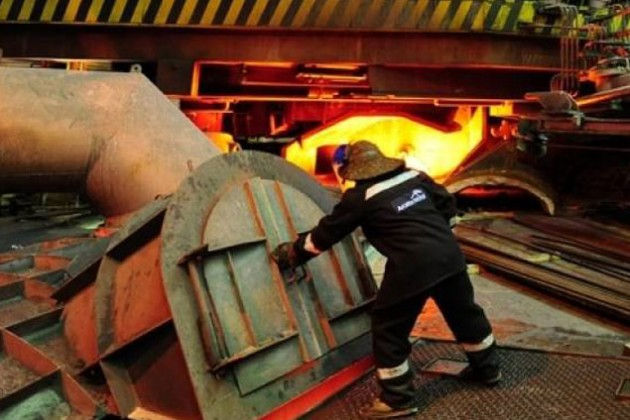 Снижение зарплат в АрселорМиттал Темиртау оспорят