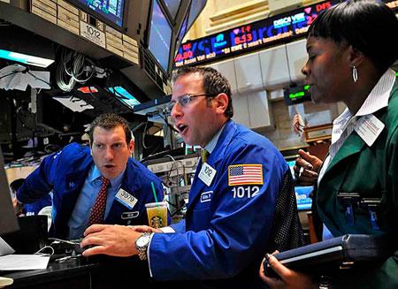 Нефть на биржах резко упала в цене