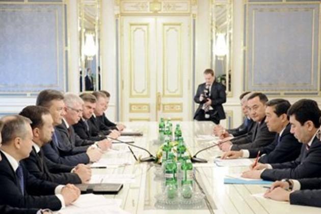 Серик Ахметов и Виктор Янукович обсудили вопросы сотрудничества