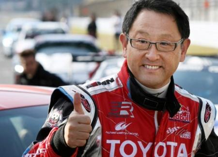 Босс Toyota станет гонщиком