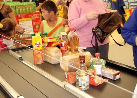 Казахстанские товары появятся в российских магазинах