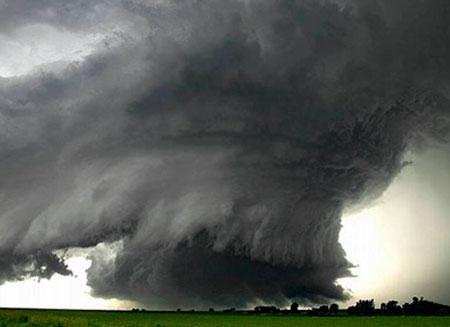 20 торнадо обрушились на США
