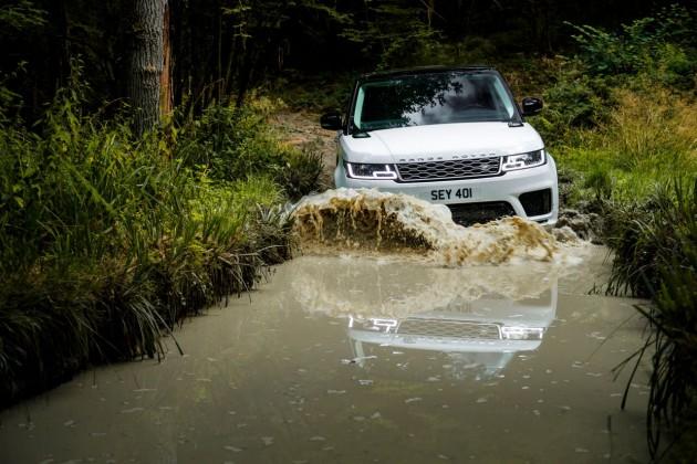 Range Rover Sport 2019— сам продолжит движение
