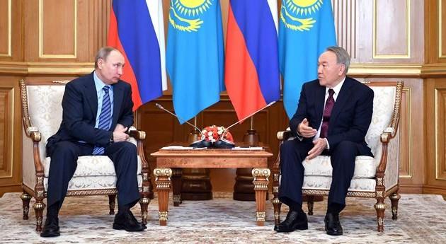 Путин обсудил сНазарбаевым двусторонние отношения имежсирийские переговоры