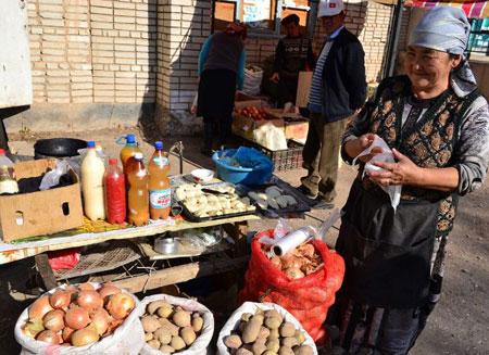 Кыргызстан беднее РФ и Казахстана в 8 раз