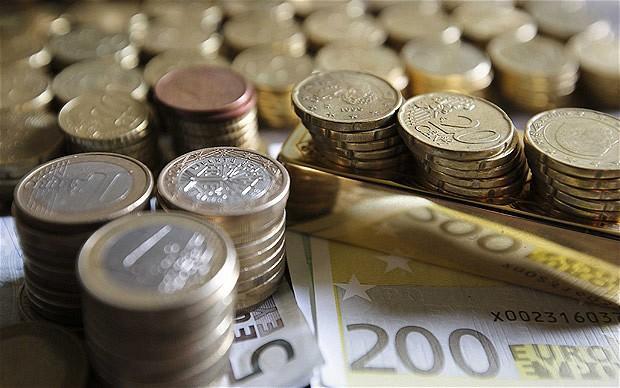 Франция сократит бюджет министерств