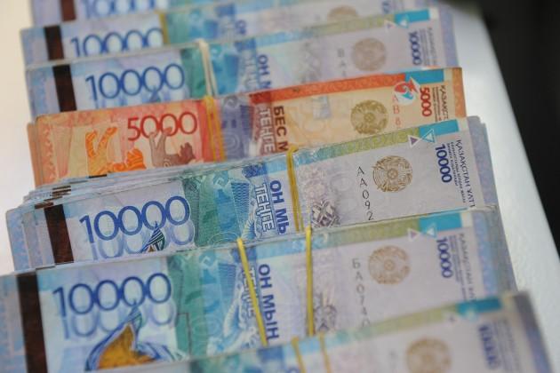 Из Казахстана отправили за рубеж более 408 млрд тенге