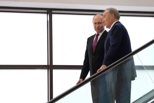 Нурсултан Назарбаев: Вместе будем работать идвигаться вперед