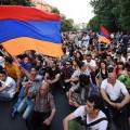 Часть протестующих в Ереване прекратили уличную акцию