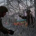 Дональд Трамп пригрозил закрыть границу сМексикой