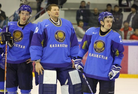 Сборная Казахстана по хоккею переиграла Японию на ЧМ