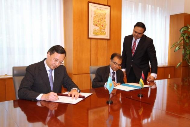 Казахстан установил дипотношения сРеспубликой Маврикий