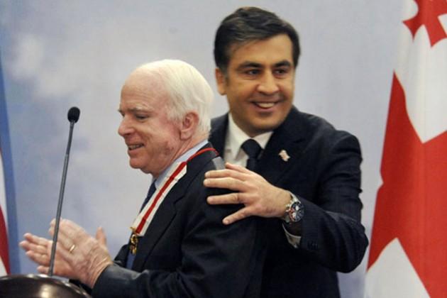 Саакашвили и Маккейн будут помогать Украине с реформами