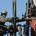 Негатива рынку нефти прибавили погодные условия