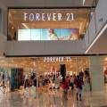 Сеть магазинов одежды Forever 21 оказалась на грани банкротства