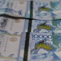 Нацвалюта к доллару ослабла на 4 тенге