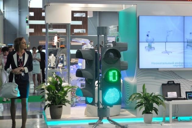 В Астане будут производить светодиодные светофоры