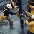 Низкие цены на нефть уничтожают бюджеты государств