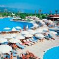 Новые случаи отравления туристов в Турции