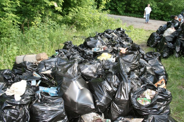 Алматинцев штрафуют за загрязнение города