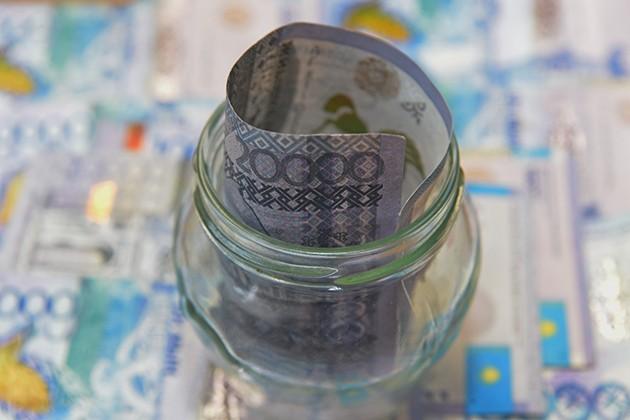 Почему банки увеличили спрос натенге