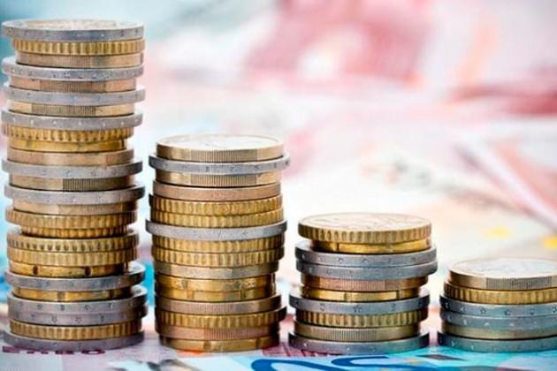 Беспорядки на Украине обвалили валюты соседних стран