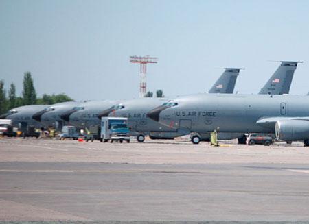 Международный авиахаб возместит потери от вывода базы Манас