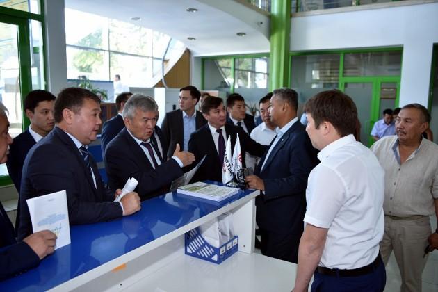 ВШымкенте открыли фронт-офис программы «7−20−25»