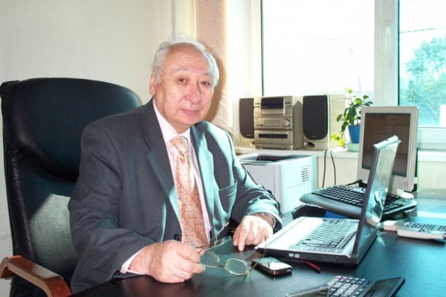 В Казахстане до 15% автодорог находятся в неудовлетворительном состоянии