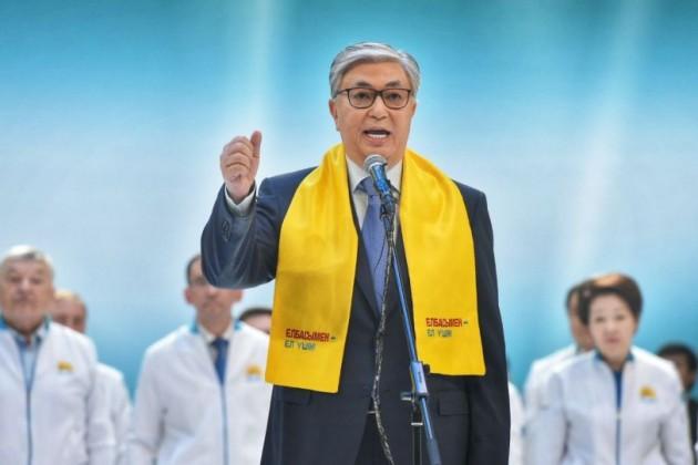 Касым-Жомарта Токаева продолжают поздравлять с победой на выборах