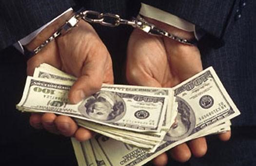 Налоговики получают взятки в несколько миллионов тенге