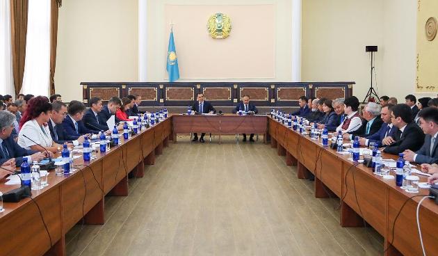 Бакытжан Сагинтаев: Мыбудем помогать тем, кто настроен наэкспорт