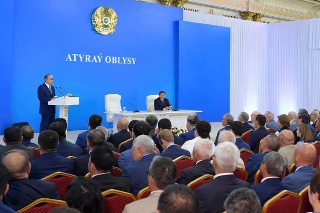 Президент назвал проблемные вопросы Атырауской области