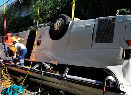 В результате аварии в Турции погибли 6 человек