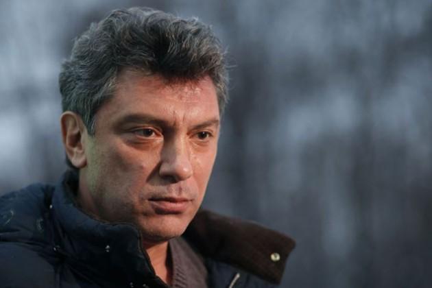 Следствие будет проверять все версии убийства Немцова