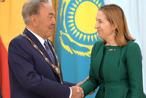 Нурсултан Назарбаев награжден орденом Изабеллы Католической